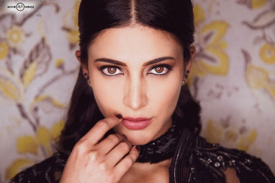 ACTRESS SHRUTI HAASAN LATEST STILLS