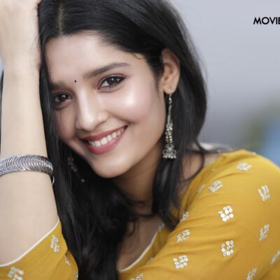 ACTRESS RITIKA SINGH LATEST STILLS.