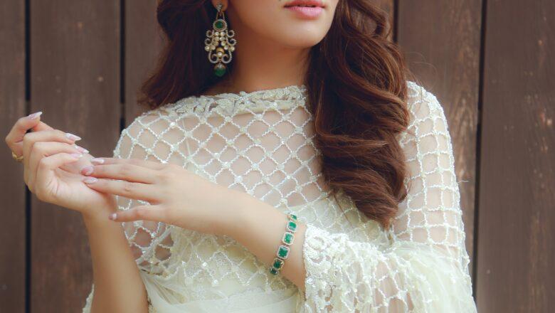 Actress Hansika Motwani's second Hindi album 'Mazaa' is an overnight Chartbuster